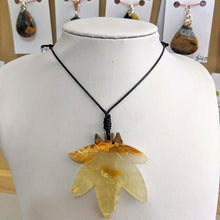 Load image into Gallery viewer, Marijuana Leaf Necklace