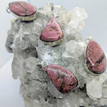 Load image into Gallery viewer, Rhodonite pendants