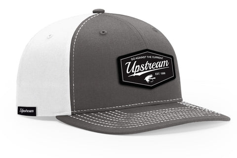 WHITE/CHARCOAL UPSTREAM HAT