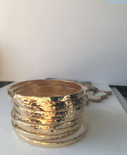 Load image into Gallery viewer, Gold Hammered Bangle