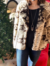 Load image into Gallery viewer, Faux Fur Coat In Python Print