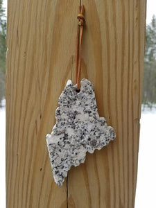 Maine Granite Ornament - Daisy Trading Company