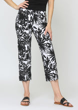 Load image into Gallery viewer, Maldives Jacquard Ankle Pant