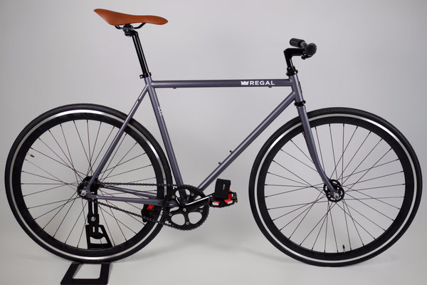 Single Speed and Fixie Bike with a Matte Gray Frame and Deep Black Rims