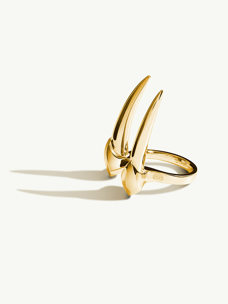 Damian Brevis Horn Ring In Gold Vermeil