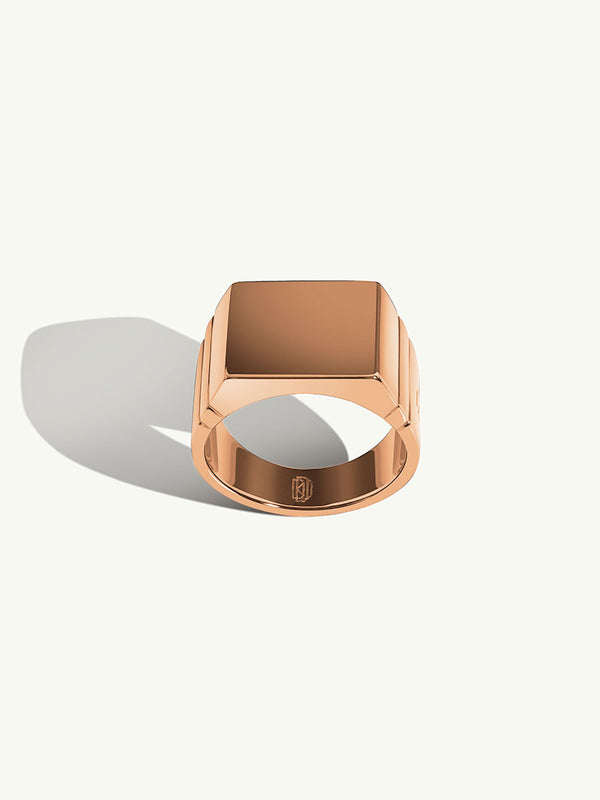 Adrian Signet Ring in 18K Rose Gold