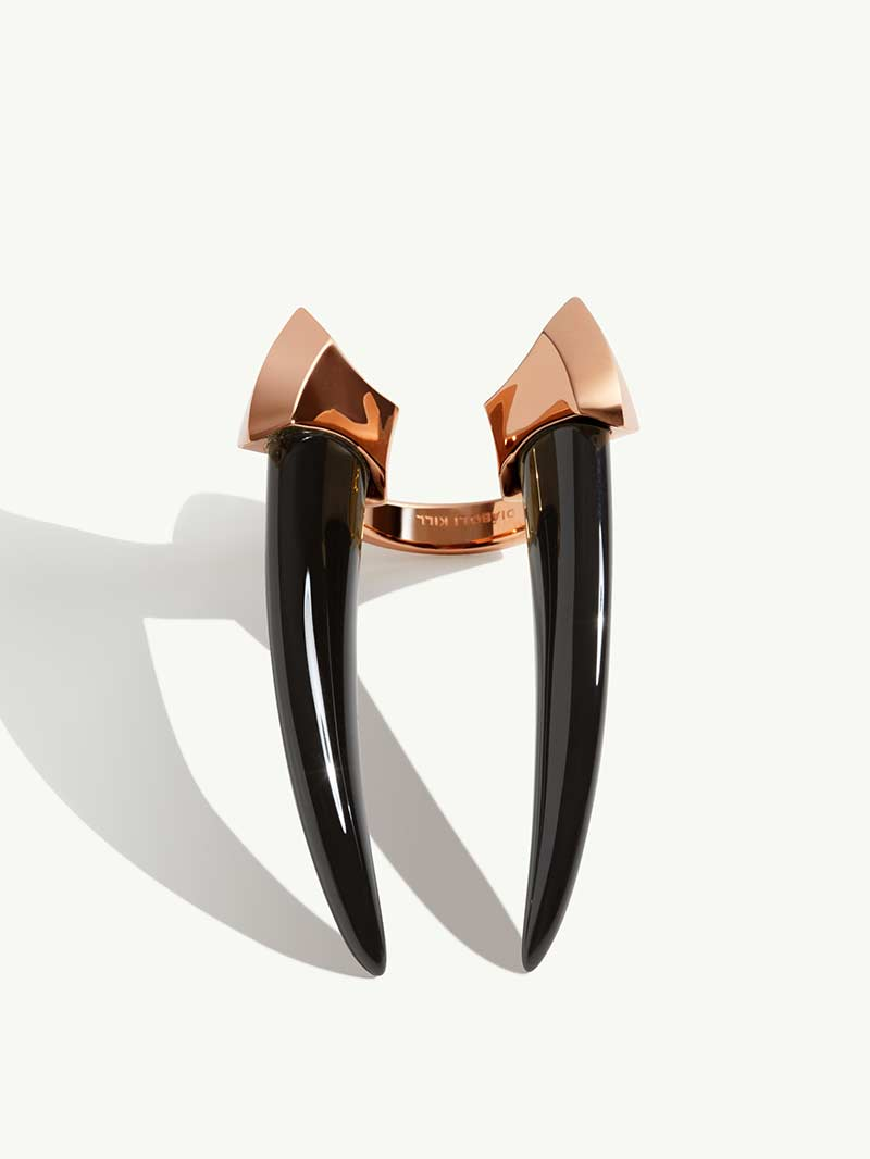 Damian Onyx Horn Ring In 18K Rose Gold