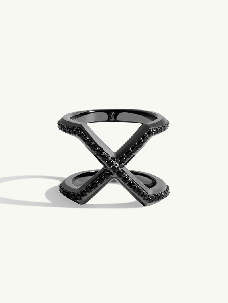 Exquis Black Gold Ring With Black Diamonds