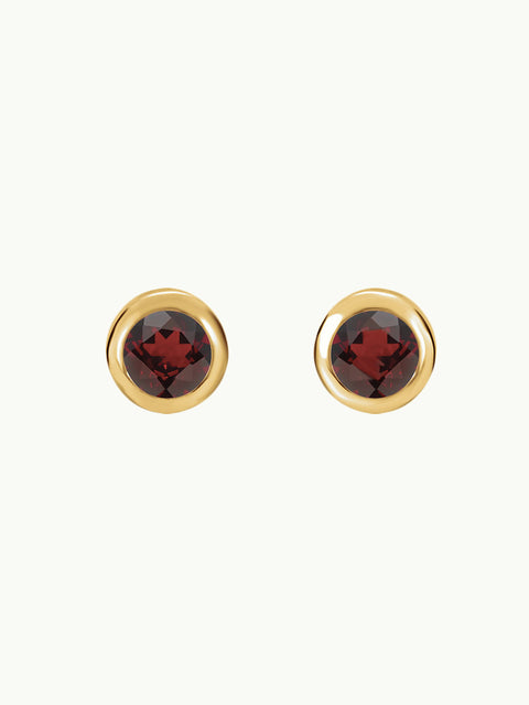 Essential Red Garnet Stud Earrings in Yellow Gold (4mm)
