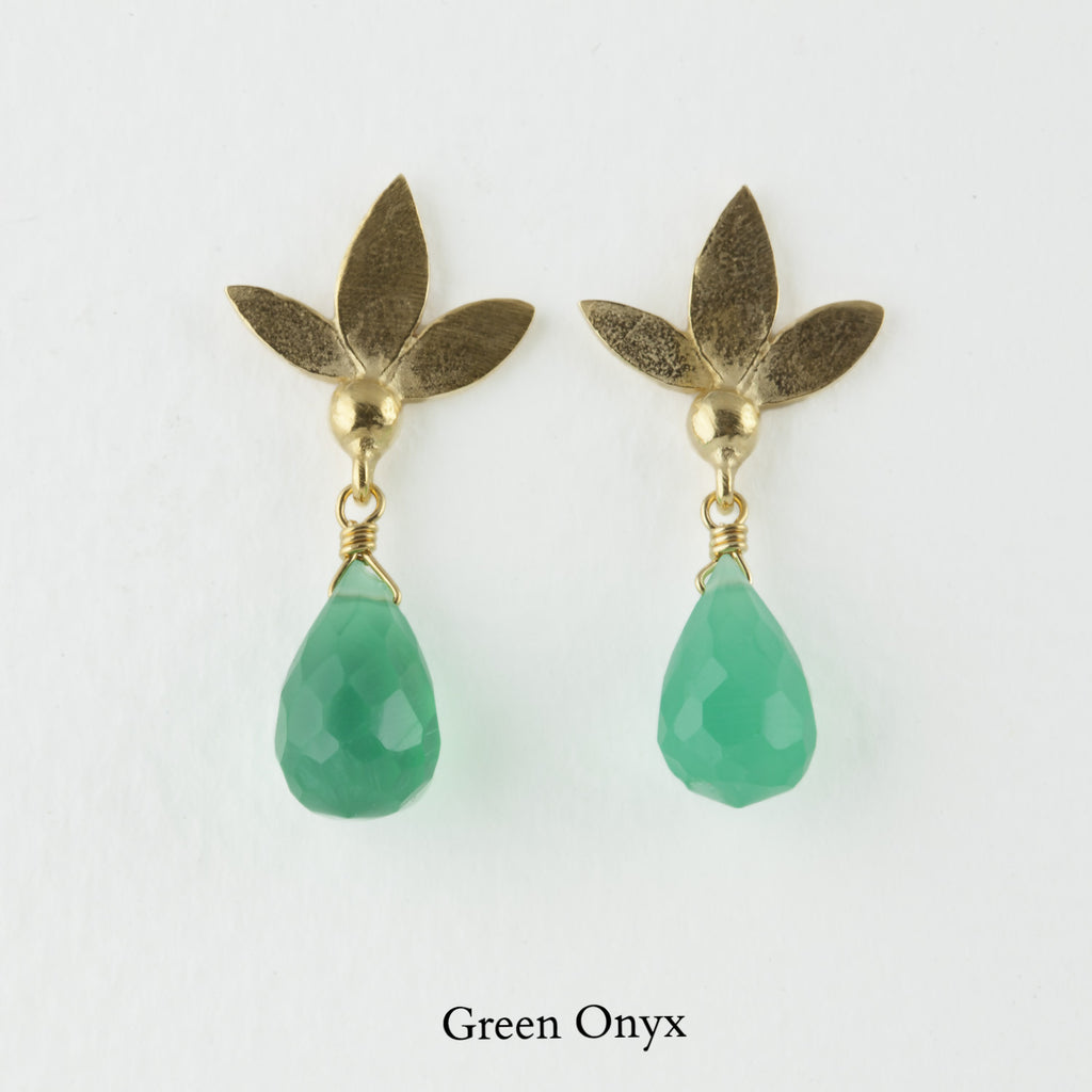 Ami Leaf Stud Earrings With Gemstone And Gold Plate