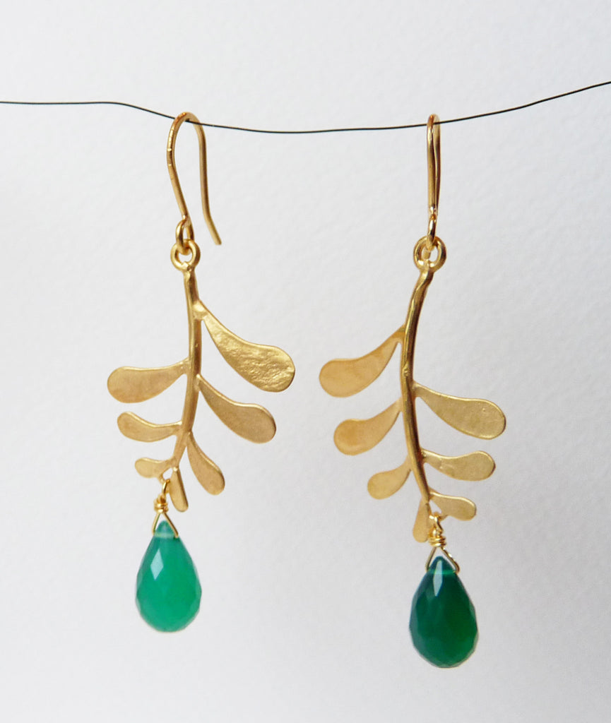 Blossoming, branch, jewellery, jewelry, earrings, hook, hooks, sterling, silver, 18ct, gold, nature, natural, green, onyx