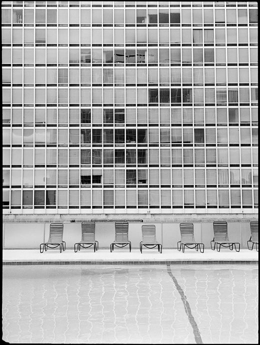 Stephan Göttlicher - 'Swimming with Mies' Detroit 0725_49_2018