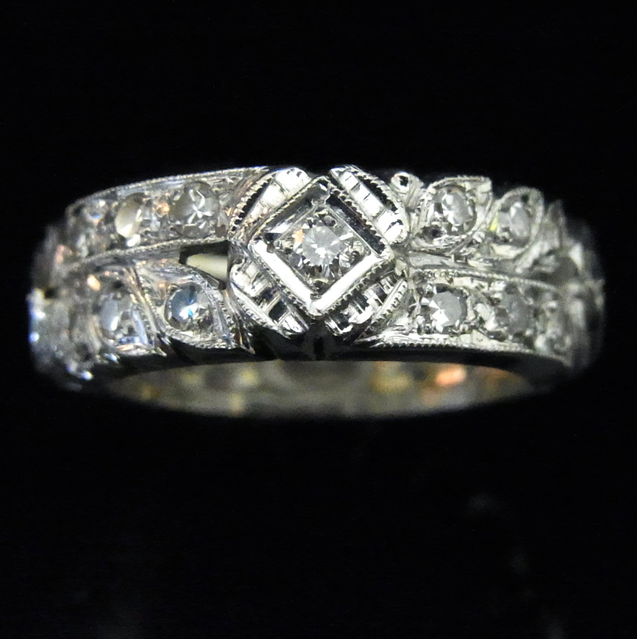 bands wrap with white engraving deep and titanium gold band ring a relief diamond pin rings
