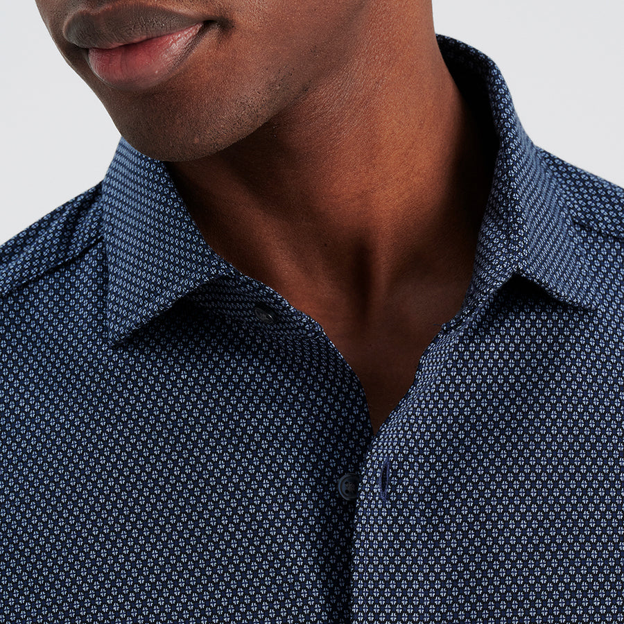 LONG SLEEVE NATURAL PERFORMANCE KNIT BUTTON DOWN SHIRT - NAVY MICRO PRINT