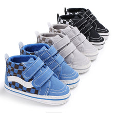 Load image into Gallery viewer, Benjamin Casual Sneakers - Kids Shoe Shack
