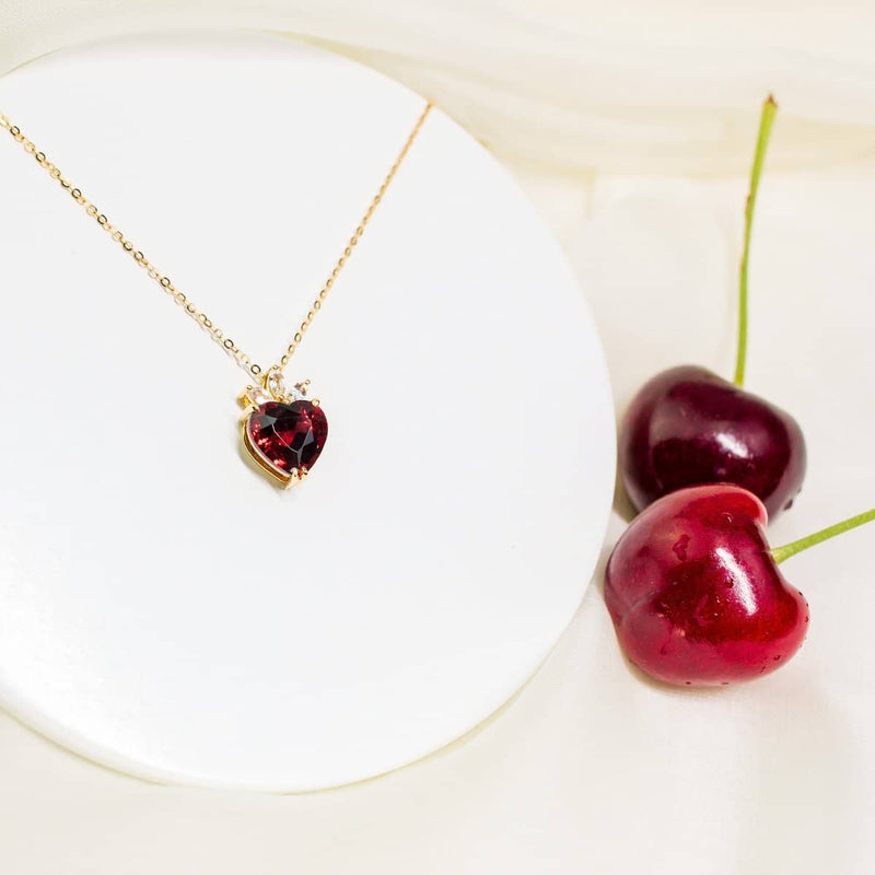 18K SOLID GOLD GARNET AND DIAMOND NECKLACE - Melbourne, Australia