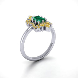 18K SOLID GOLD ANTIQUE DECO EMERALE-CUT EMERALD ENGAGEMENT RING - Melbourne, Australia