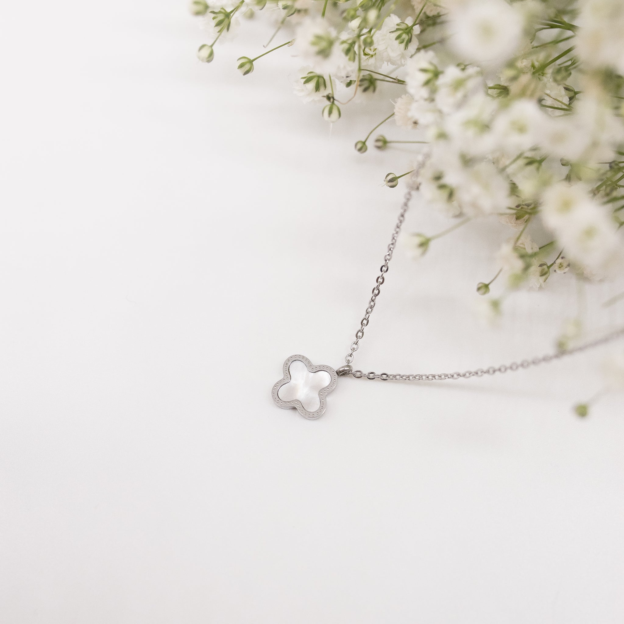 "Unique ""Avera"" Silver Plated Necklace"