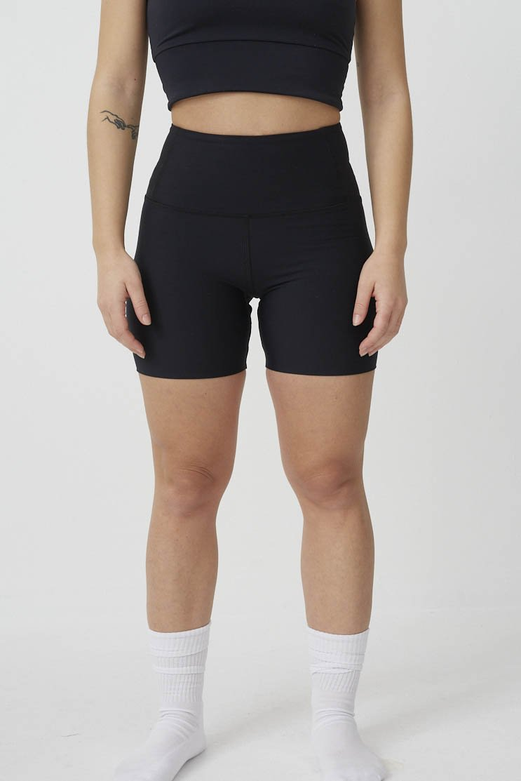 High Waist Seamless Shorts in Black