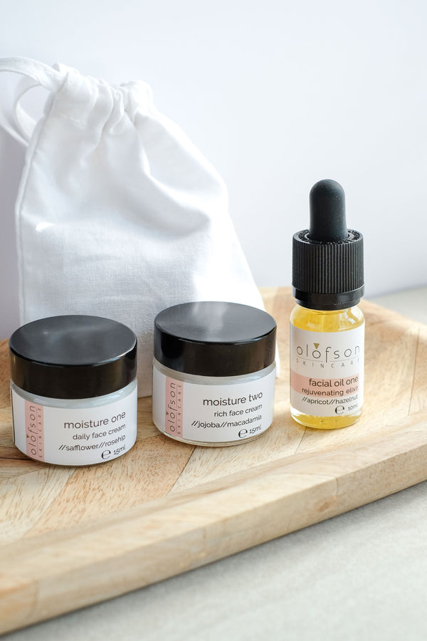 Essential Moisture Discovery Set