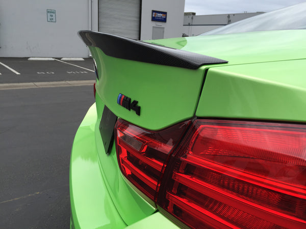 BMW F82 M4 15-16 Carbon fiber Rear Trunk Lid Spoiler