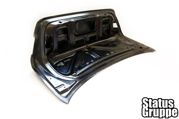 "BMW E92 ""CSL Style"" CF Trunk Lid"