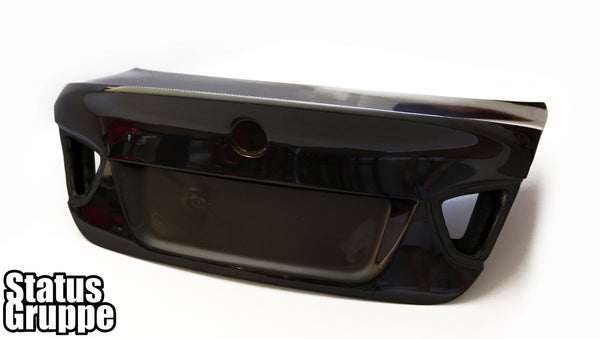 "BMW E90 ""CSL Style"" CF Trunk lid"