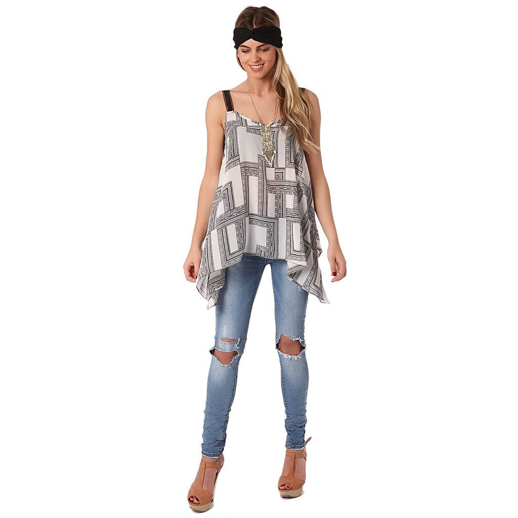 Top in mono geo print with contrast straps
