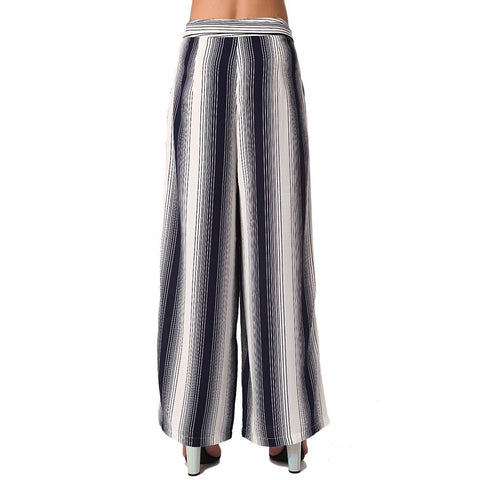 Wide leg pants in vertical navy blue stripe