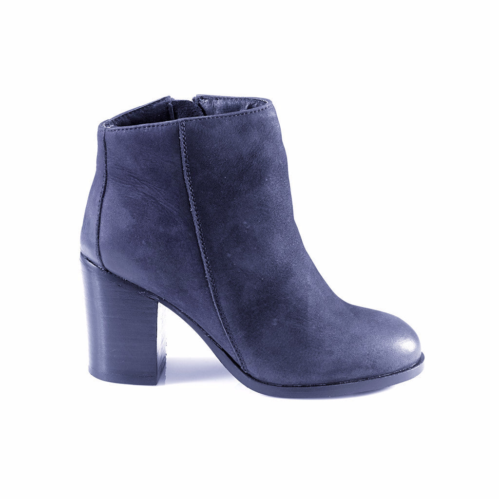 Phoebe Ankle Boots - Artemisia - Italy
