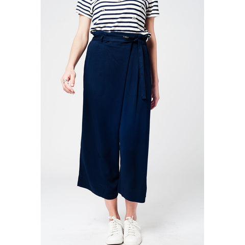 Navy culotte with tie waist and stretch back