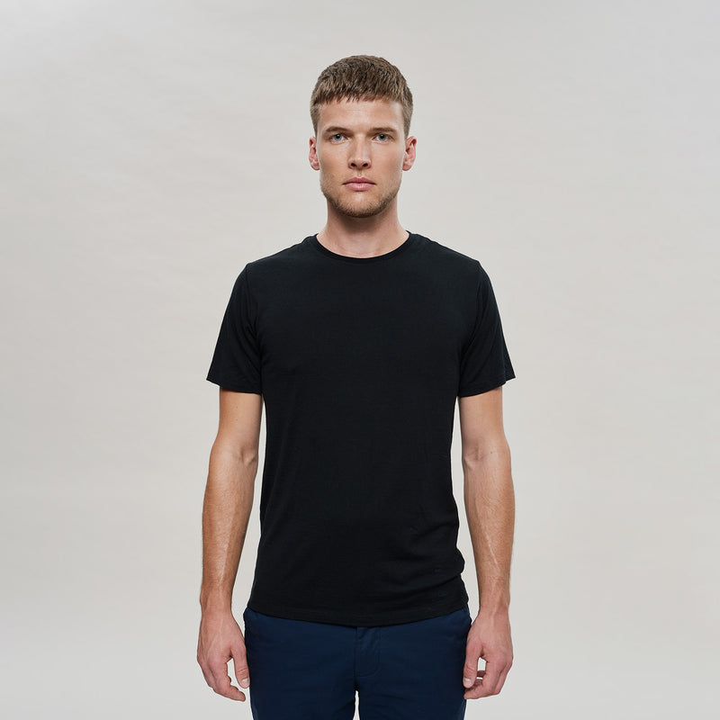 The Merino Wool T-Shirt Black Woolday 1