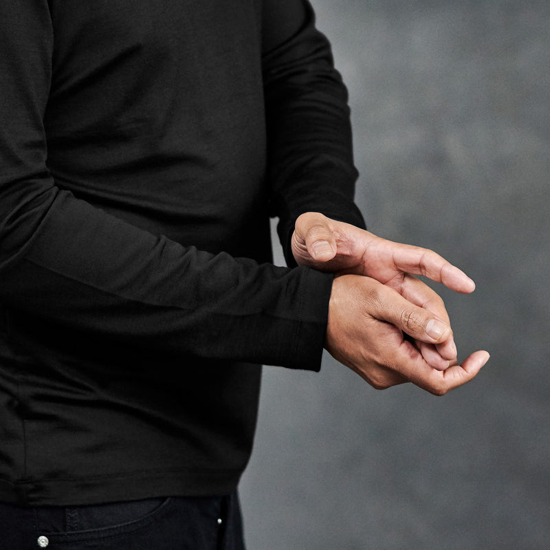 The Merino Wool Long Sleeve T-Shirt Black Woolday 4