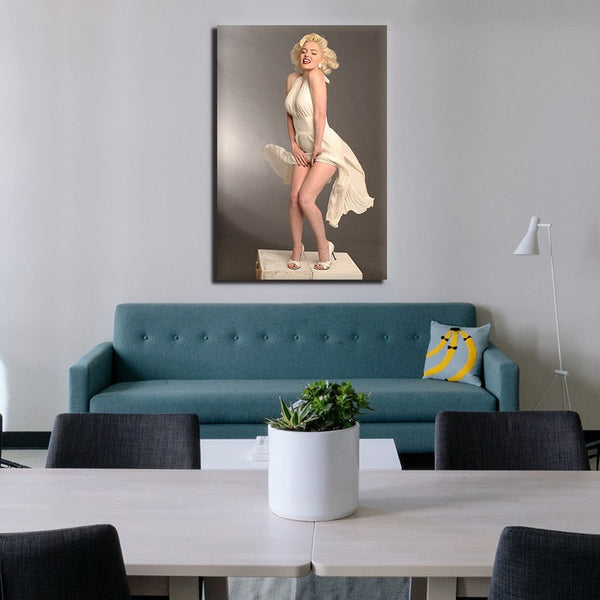 Marilyn Monroe - Rolled Canvas Print Only (BXY310)