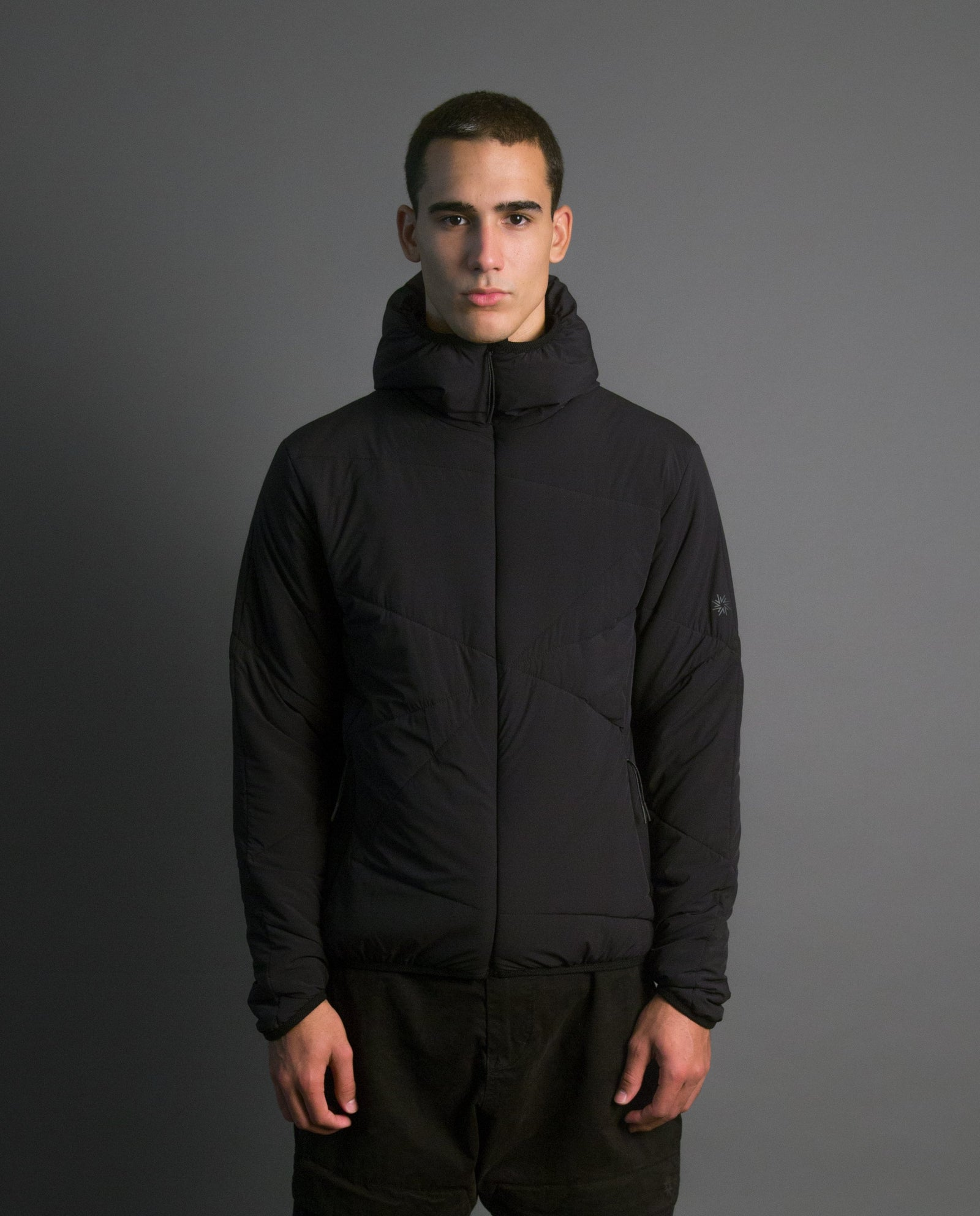 VECTOR HOODED ZIP