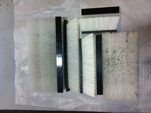 WHITE REPLACEMENT BRUSHES - GREENSGROOMER