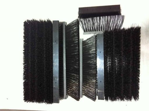 BLACK REPLACEMENT BRUSHES - GREENSGROOMER