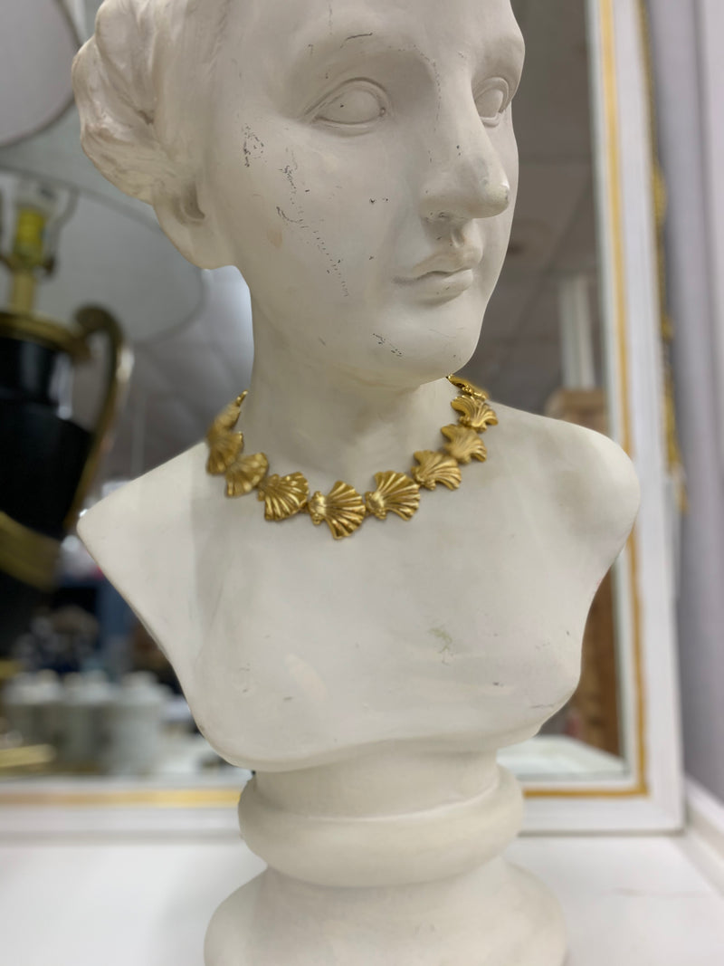 Vintage Heavy Gold Shell Necklace