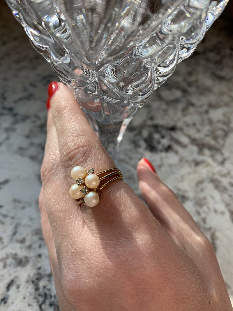 Vintage Faux Pearl and Rhinestone Gold Ring