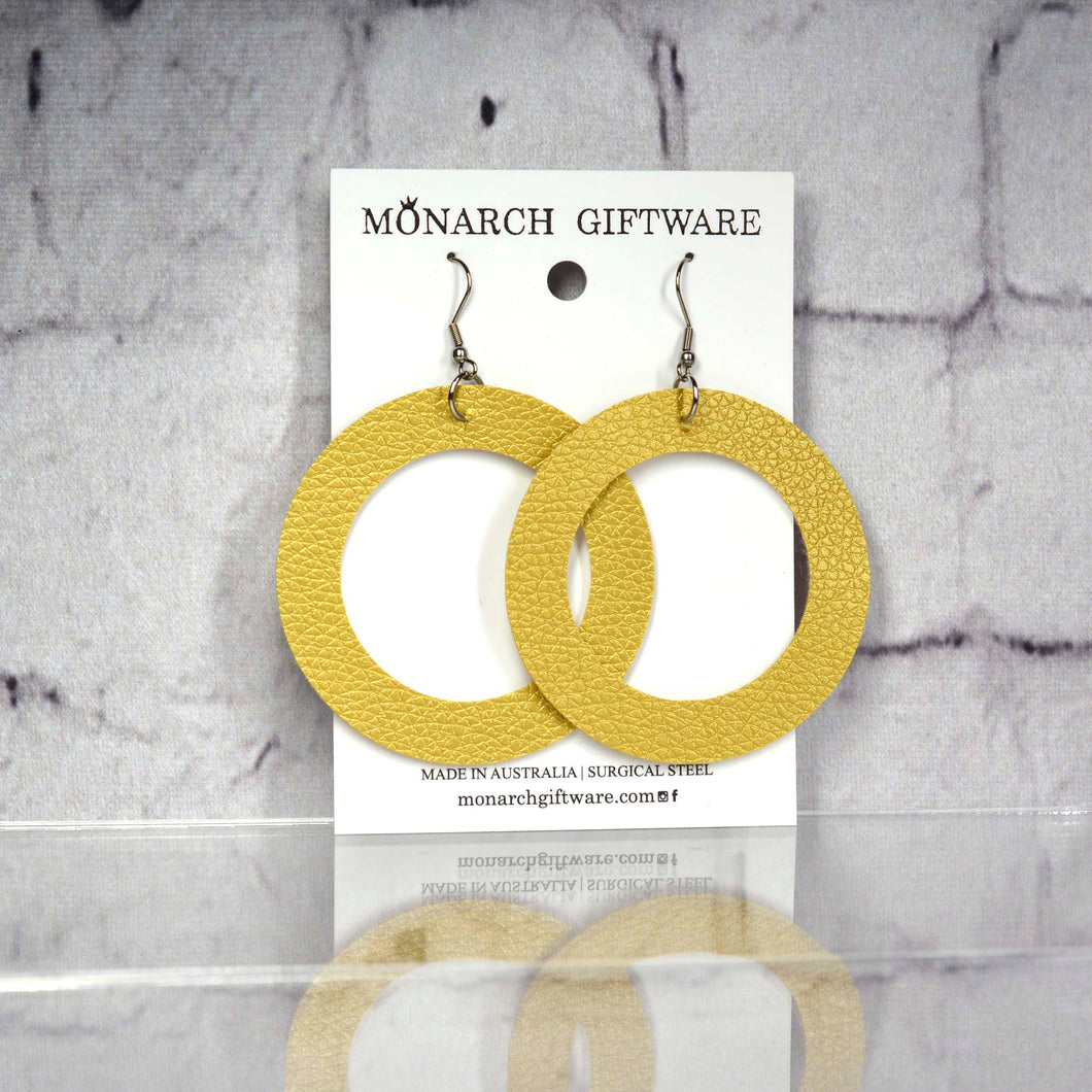 Large Hollow Vegan Leather Round Pop Earrings (gold)