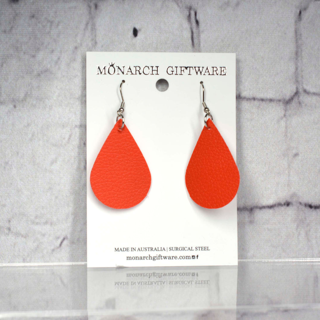 Medium Vegan Leather Teardrop Pop Earrings (red)