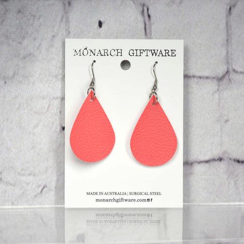 Medium Vegan Leather Teardrop Pop Earrings (pink)