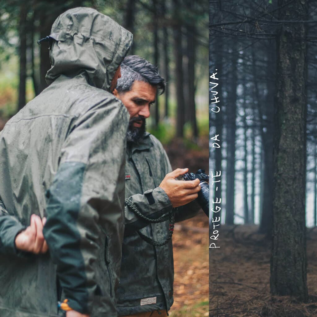 Green 3L waterproof jacket Canis lupus signatus