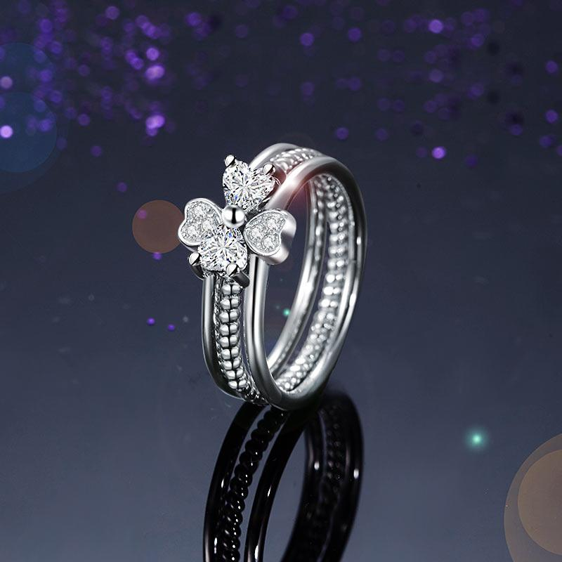 Glistening Flower Hearts Ring