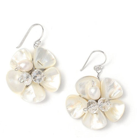 Fresh Pearl earrings