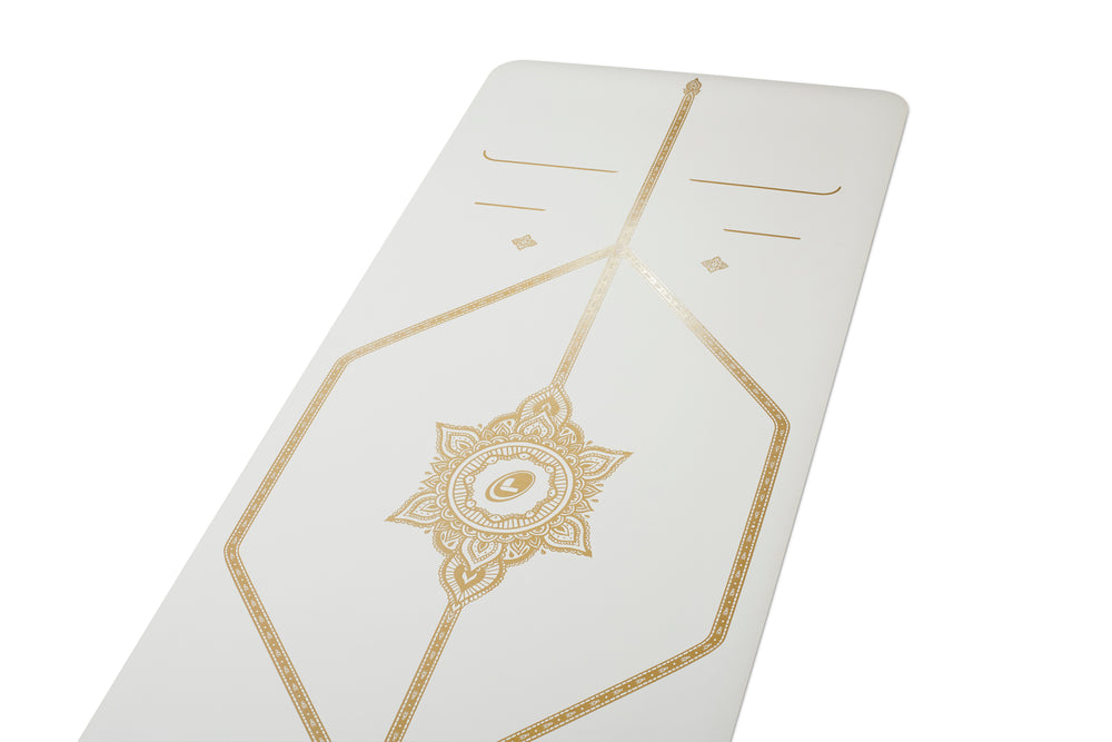 *AVAILABLE. Text 9685 2848* Liforme White Magic Travel Mat 2mm 71in, White/Gold