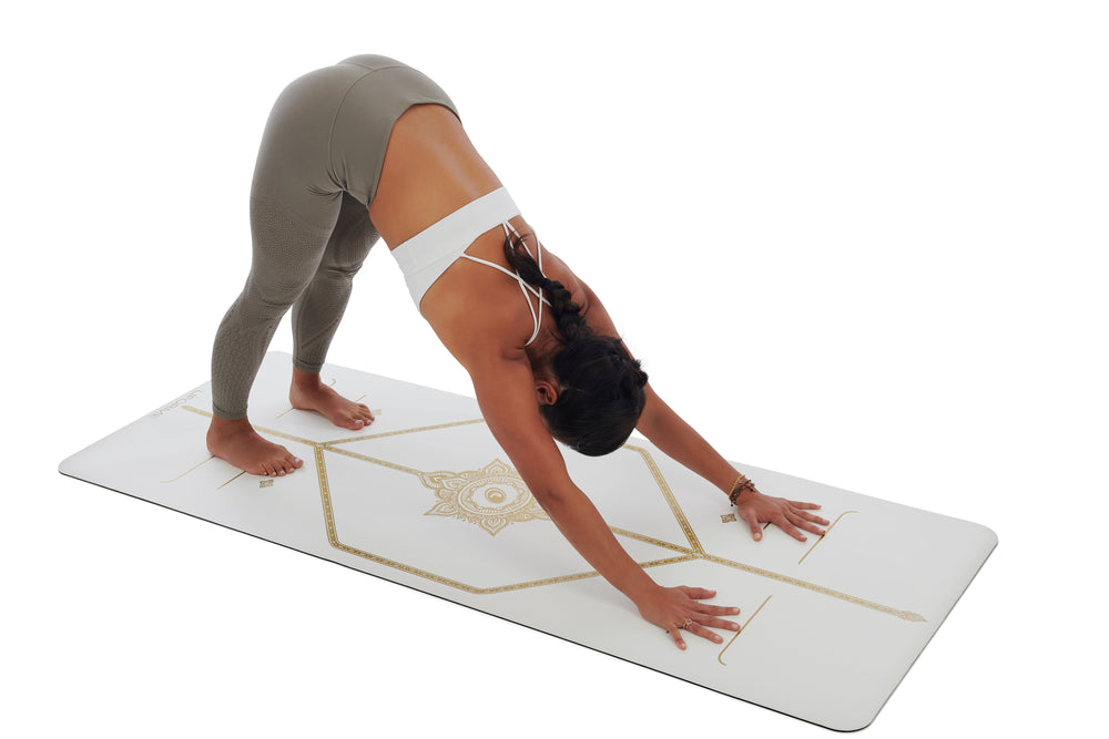 *AVAILABLE. Text 9685 2848* Liforme 'White Magic' Yoga Mat 4.2mm 73in, White/Gold