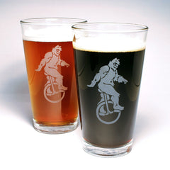 sasquatch etched pint glasses