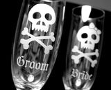 Bride and Groom Skulls and Bows champagne flutes