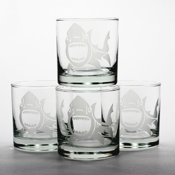 Shark scotch whiskey glasses set